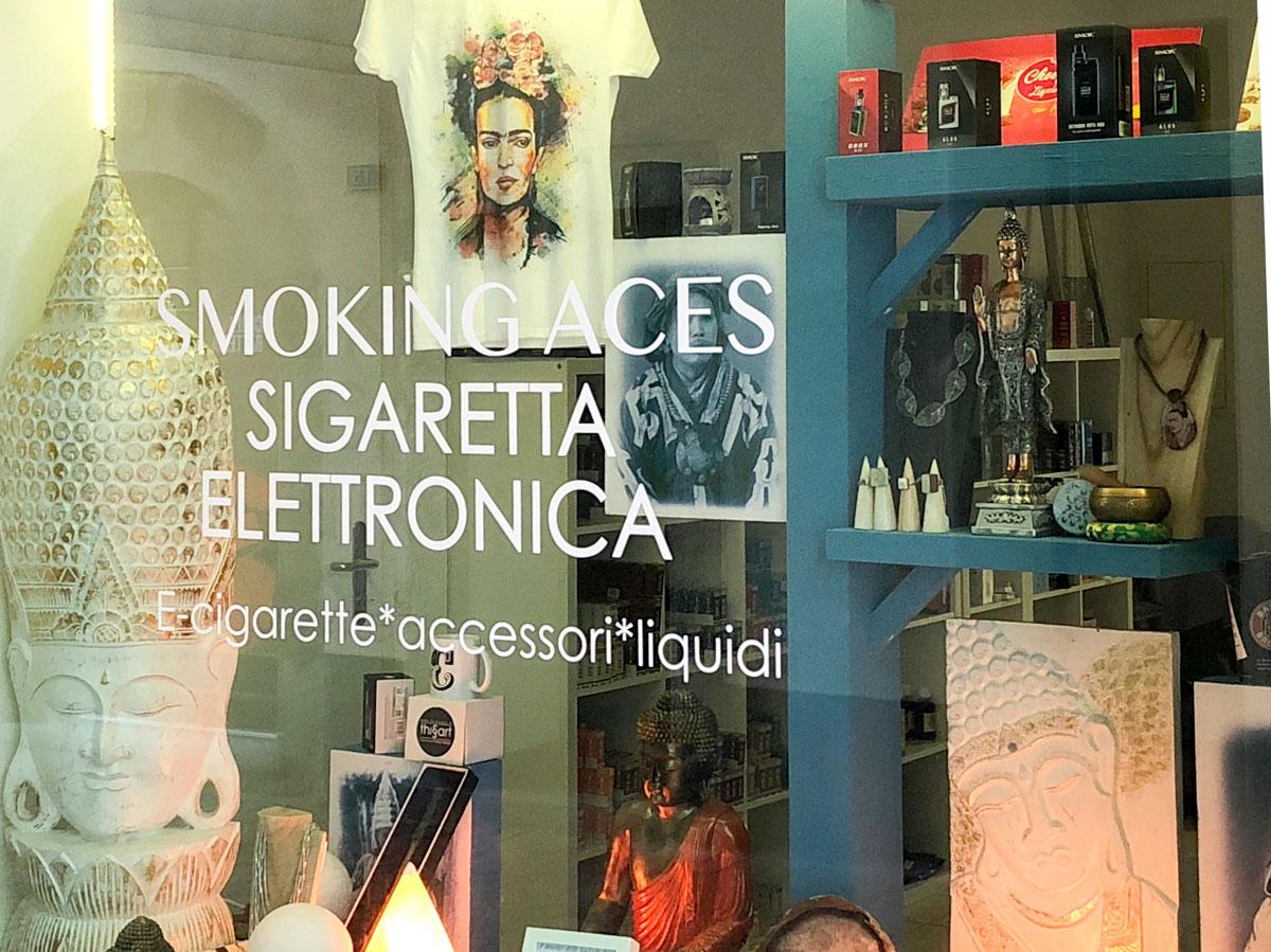 smoking aces - negozio sigarette elettroniche liquidi batterie lugano pontetresa chiasso canton ticino